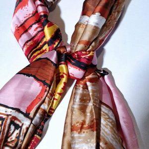 🌹3x$20 Silk Scarf